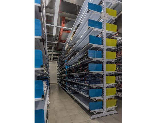 Foto 04 - DOBLAR PVC TEXTIL CON SEPARADOR DE PRODUCTO (RETAIL) (2) (1)
